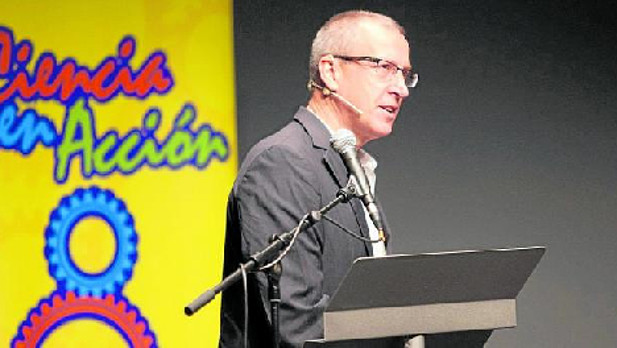 Enrique Zuazua at Ciencia en Acción