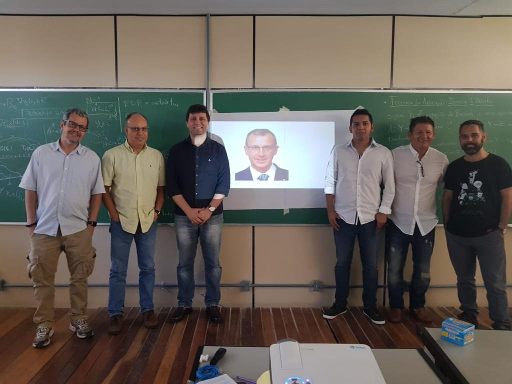 Miguel Nuñez presenting his PhD thesis in Universidade Fluminese